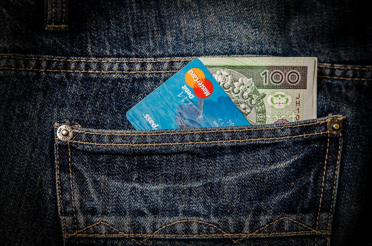 Retirer de l'argent sans carte en cas de voyage.